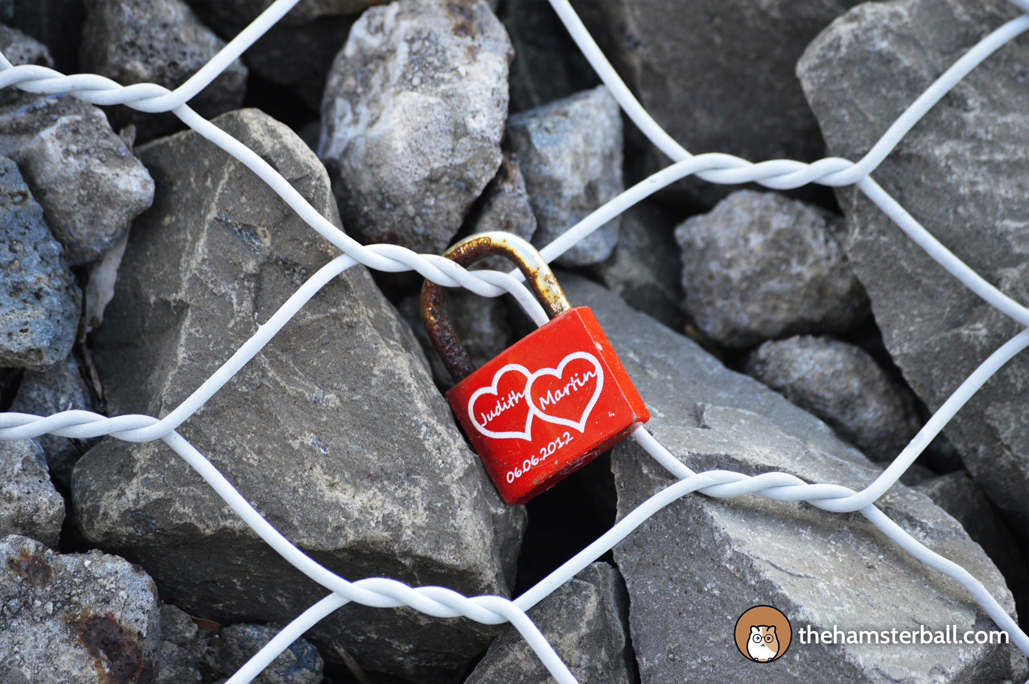 Love Locks, Sea Cliff Bridge, Grand Pacific Drive, Sydney, Australia